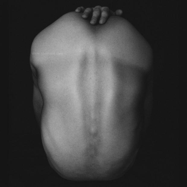 BodyScape #1 by ©Gonzalo Bénard