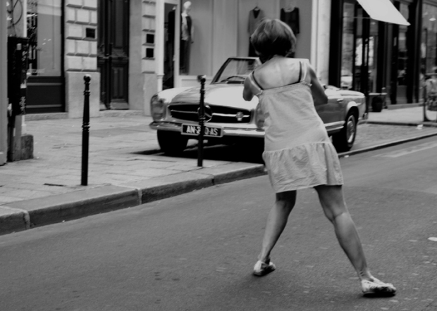 The Shooting Woman, Paris 2012 by ©Gonzalo Bénard