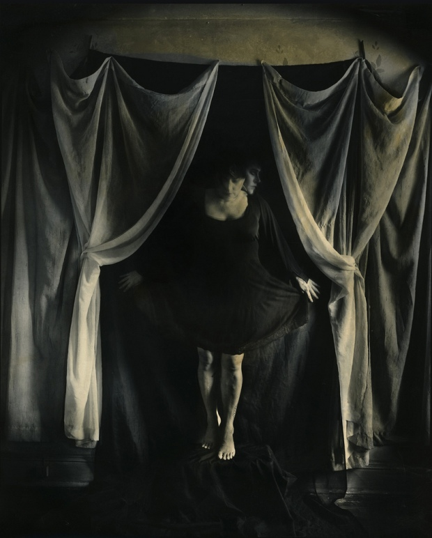 Curtain Call, by ©Lauren Simonutti