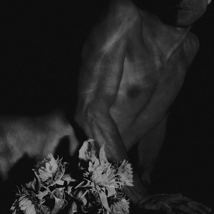 Flowered Torso, by ©Gonzalo Bénard