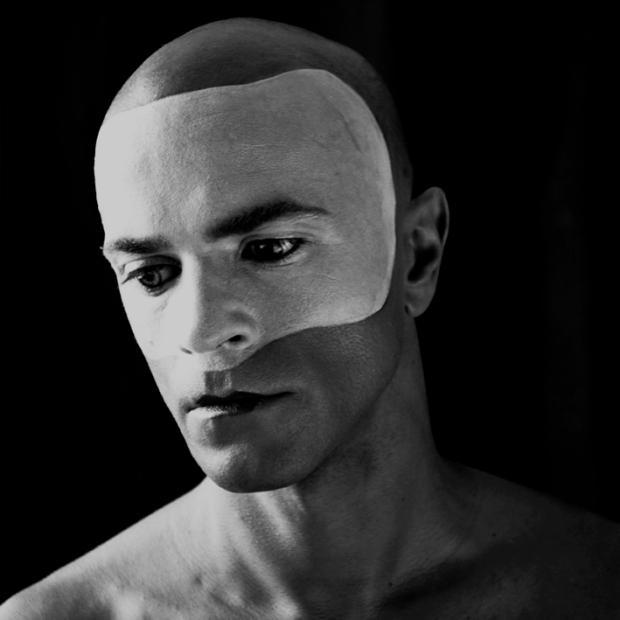 Mask #3, by ©Gonzalo Bénard
