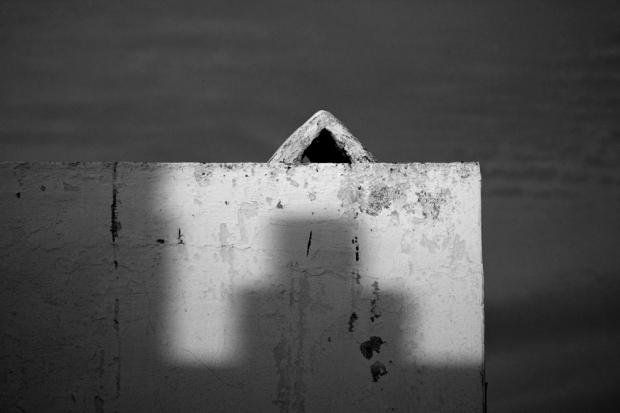 shadow, by Gonzalo Benard