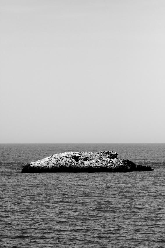 island, by Gonzalo Benard