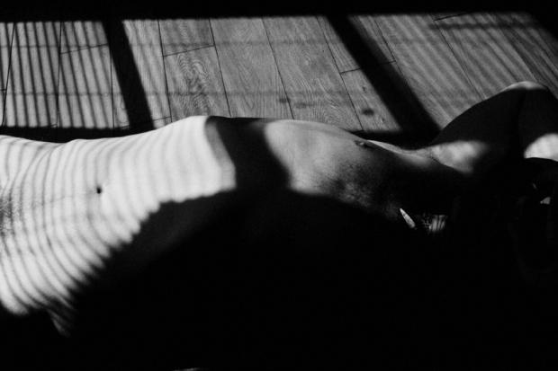 Light Nudes #6, Paris 2013, by ©Gonzalo Bénard