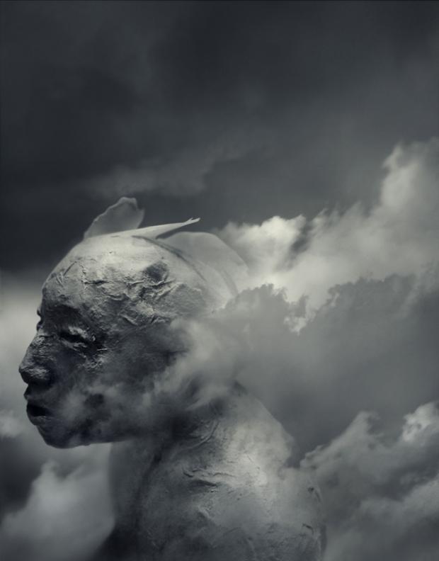 Titan, photograph by Yuichi Ikehata