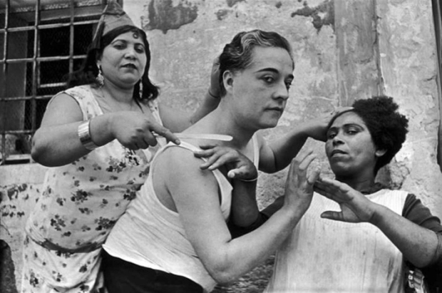 Henri Cartier Bresson, Alicante, 1933, © Henri Cartier Bresson: Magnum Photos, courtesy Danziger Gallery