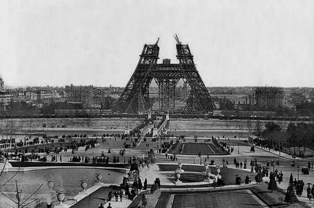 Construction of Eiffel Tower in 1880