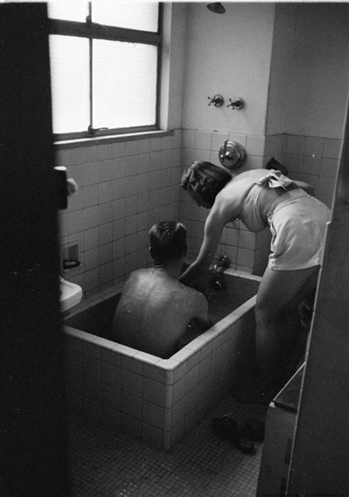 Japanese bath house in 1951