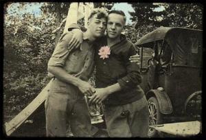 vintage_gay_couple1238620372