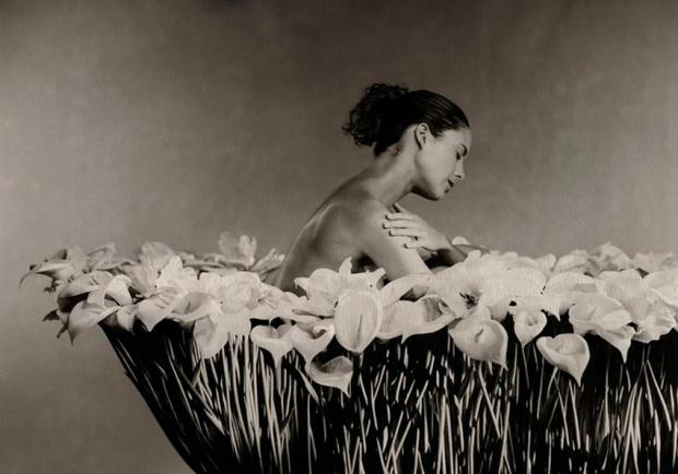 Bath by Marc Lagrange